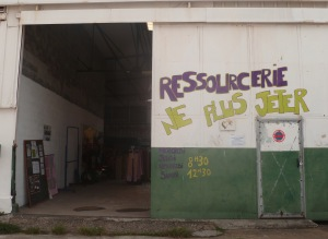 Devanture ressourcerie © Ne Plus Jeter